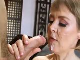 Mom Jamie Foster Loved be Fucked by Young Guy
