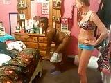 Funny twerking teens on youtube: Black girl goes slutty!