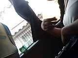 Mirona en bus