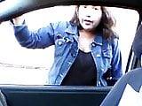 Flashing Chilena me mira el pene en la calle