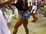 GracyanneBarbosa Sambando De Shorts Curto 2 2019 HD