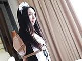 tying art maid